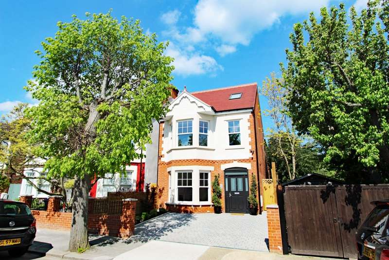 5 Bedrooms Detached House for sale in Malden Hill, New Malden