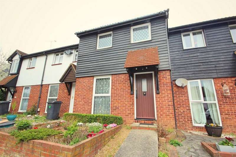 3 Bedrooms Terraced House for sale in Blacklock, CHELMSFORD, Essex