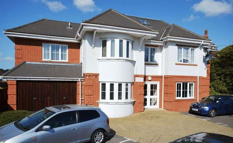 2 Bedrooms Flat for sale in Southbourne, Bournemouth BH6