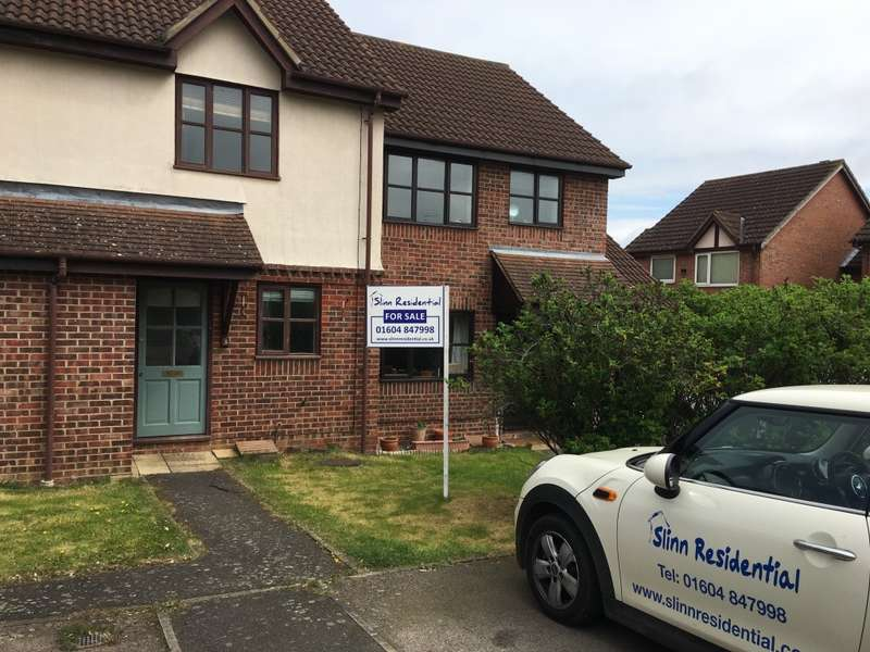 2 Bedrooms Terraced House for sale in Aster Close, Northampton