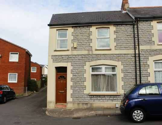 3 Bedrooms Terraced House for sale in Coronation Street, Barry, Glamorgan, CF63 4JW