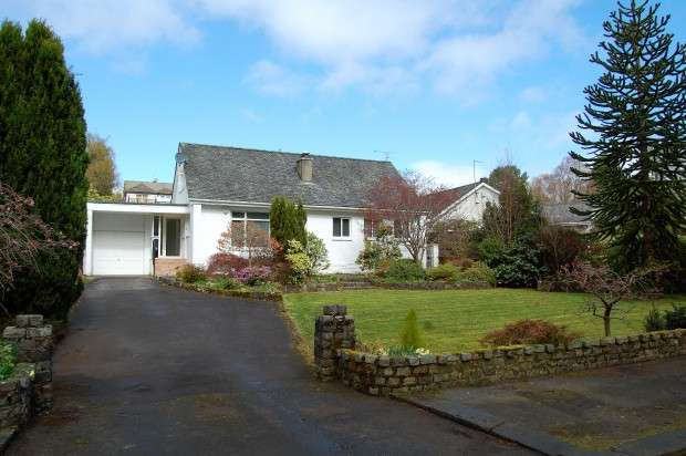 4 Bedrooms Detached House for sale in South Avenue, Paisley, PA2