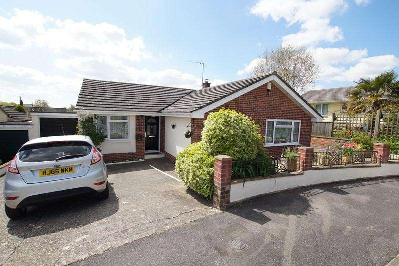 3 Bedrooms Detached Bungalow for sale in Bladen View, Milborne St. Andrew, Blandford Forum