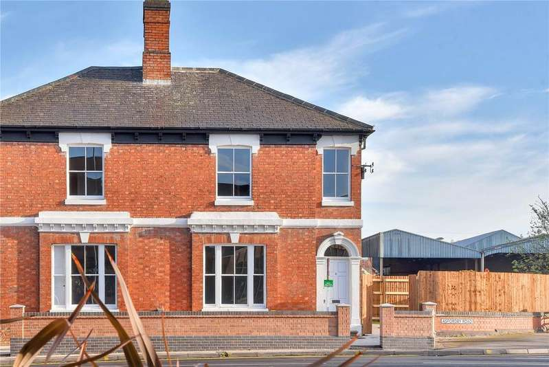 3 Bedrooms Semi Detached House for sale in Asfordby Road, Melton Mowbray, Leicestershire
