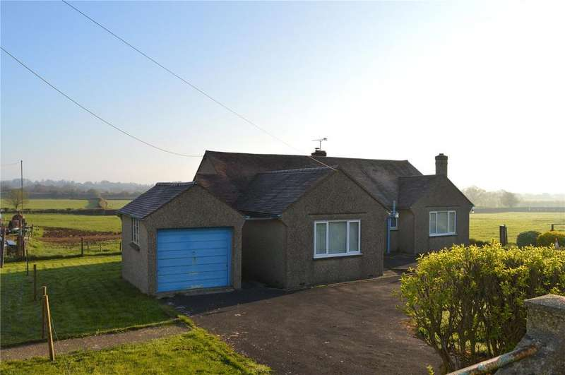 3 Bedrooms Bungalow for sale in South Perrott Road, Misterton, Crewkerne, Somerset, TA18
