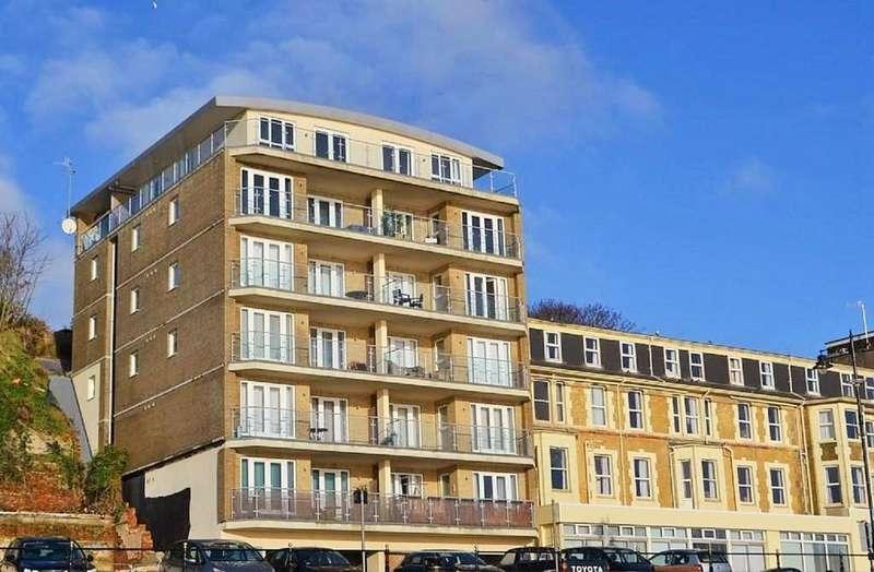 3 Bedrooms Apartment Flat for sale in Esplanade, Sandown