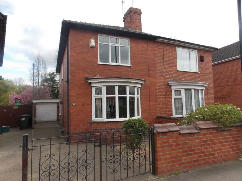 3 Bedrooms Semi Detached House for sale in Chequer Road, Hyde Park