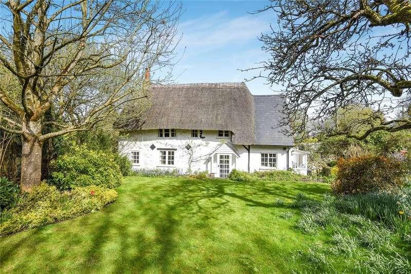 4 Bedrooms Detached House for sale in Lockeridge, Marlborough, Wiltshire