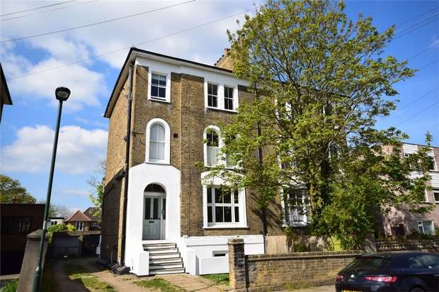 2 Bedrooms Flat for sale in Manor Road, Twickenham