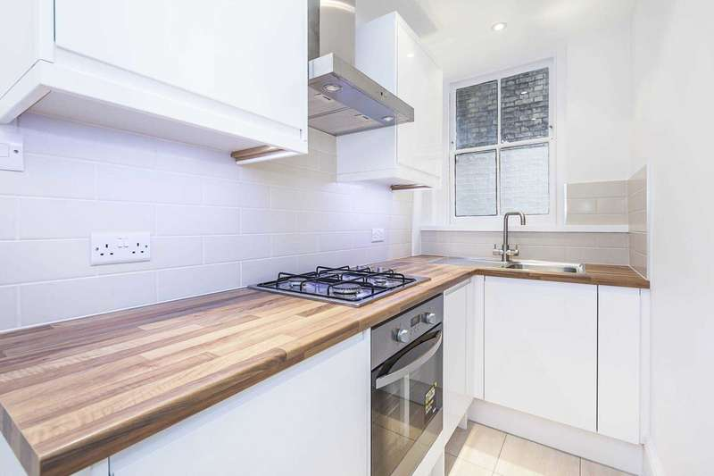 2 Bedrooms Apartment Flat for sale in Paul Street, EC2