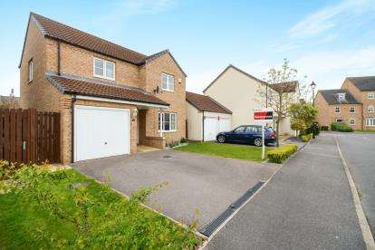 3 Bedrooms Detached House for sale in Raven's View, Witham St.Hughs, Lincoln