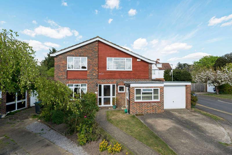 4 Bedrooms Detached House for sale in Parkgate Close, Kingston Upon Thames, KT2