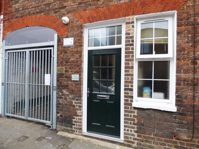 1 Bedroom House for sale in Albion Street, Dunstable