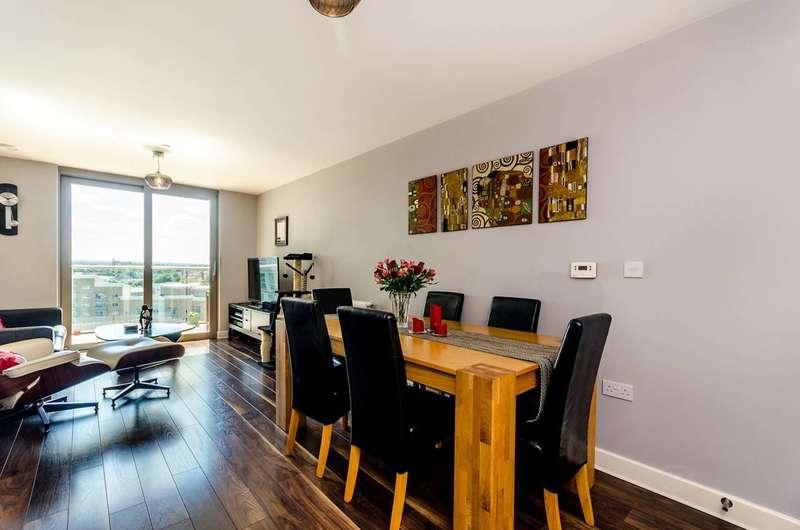 2 Bedrooms Flat for sale in Torre Vista, Loampit Vale, Lewisham, SE13