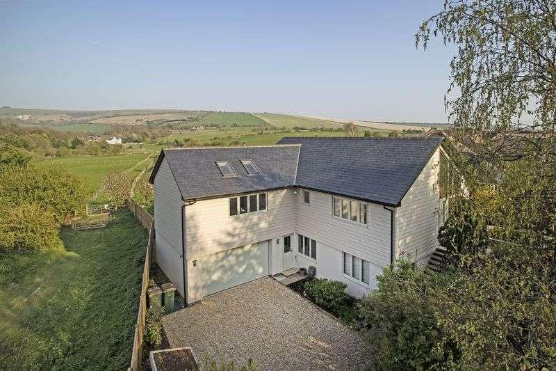 4 Bedrooms Detached House for sale in Shoreham Road, Upper Beeding