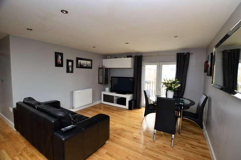 2 Bedrooms Detached House for sale in Hazen Road, Kings Hill, Kent, ME19