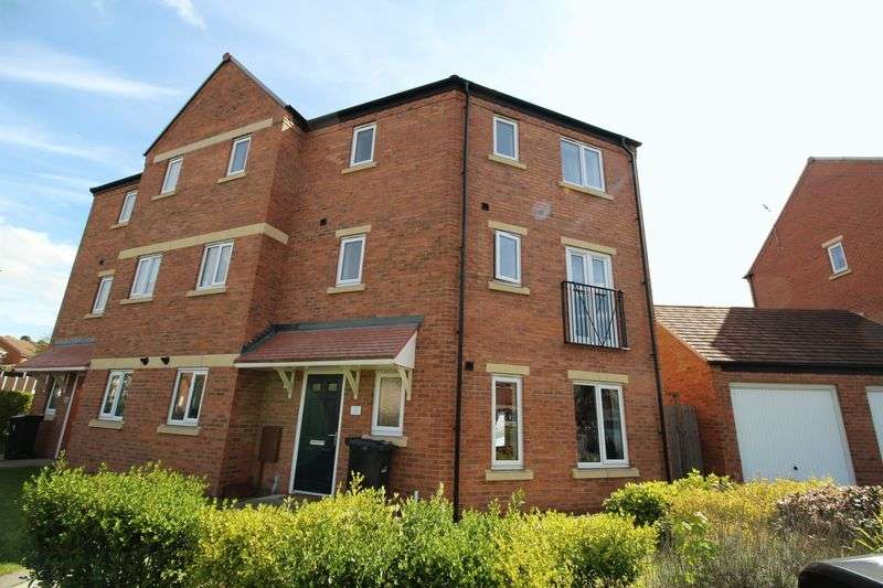 4 Bedrooms Semi Detached House for sale in Marshall Crescent, Stourbridge