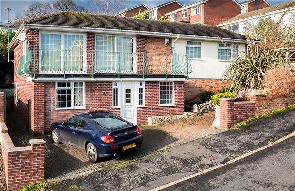 5 Bedrooms Detached House for sale in Meadow Rise, Dawlish