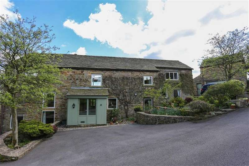 5 Bedrooms Detached House for sale in Briargrove Road, Birch Vale High Peak