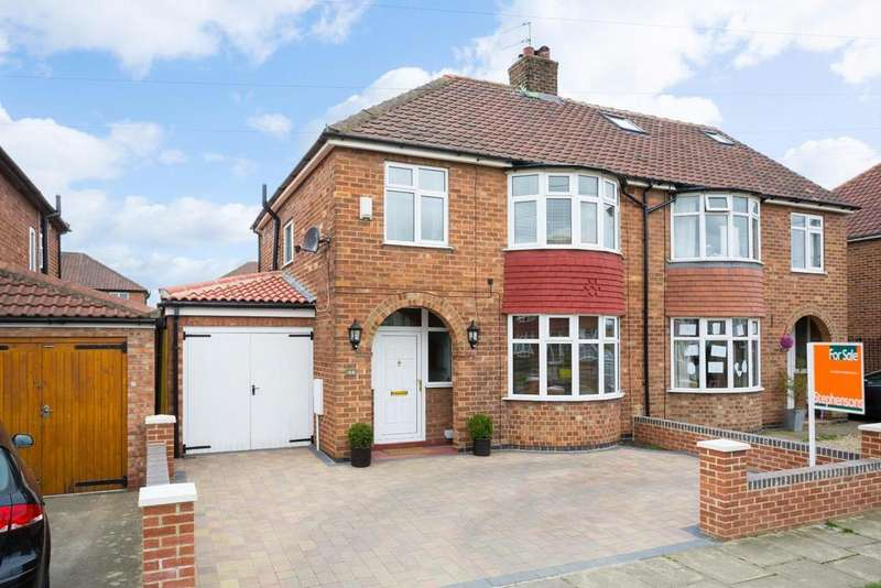 4 Bedrooms Semi Detached House for sale in Penyghent Avenue, York