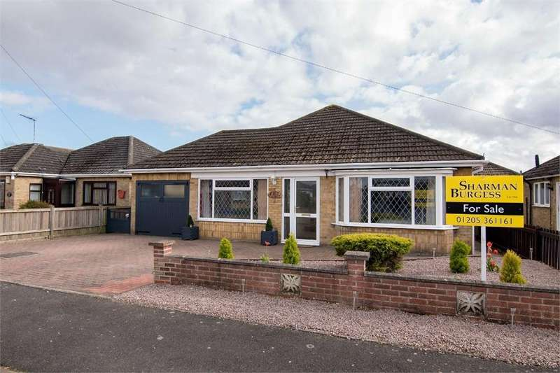 2 Bedrooms Detached Bungalow for sale in Eastwood Drive, Boston, Lincolnshire
