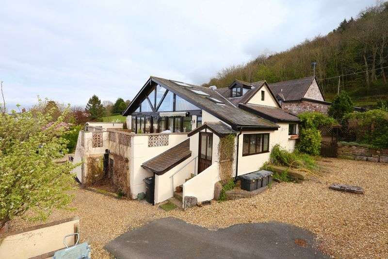 3 Bedrooms Semi Detached House for sale in Tan Y Fron Road, Abergele, Conwy