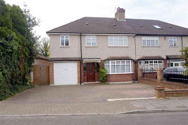 4 Bedrooms Property for sale in Hayes Chase, West Wickham