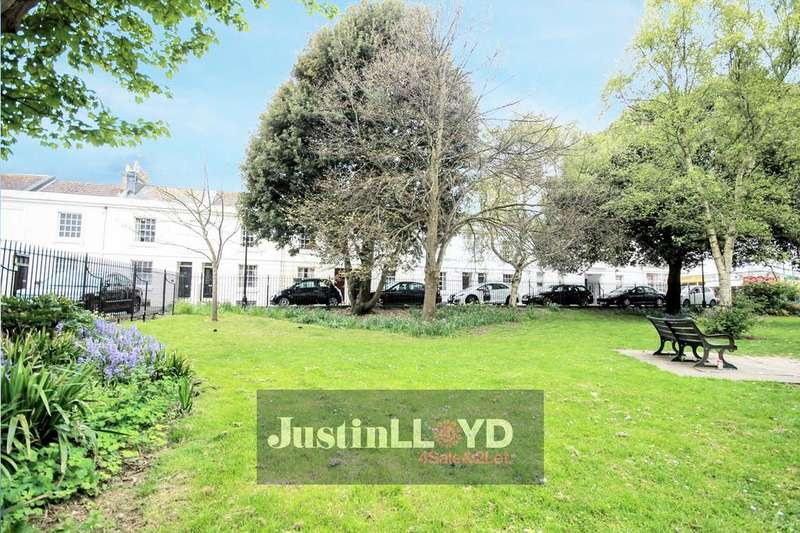 3 Bedrooms Terraced House for sale in Pelham Square, Brighton, BN1