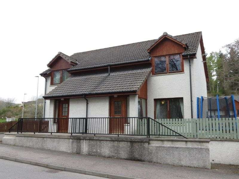 2 Bedrooms Semi Detached House for sale in The Orchard, Alness