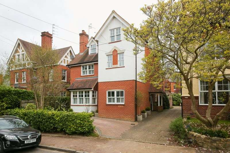 4 Bedrooms Detached House for sale in Molyneux Park Road, Tunbridge Wells