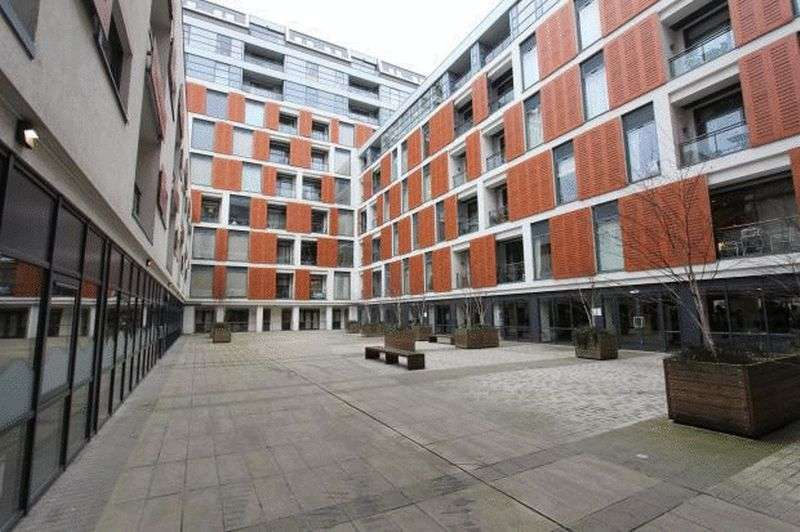 1 Bedroom Flat for sale in Cornell Square, SW8