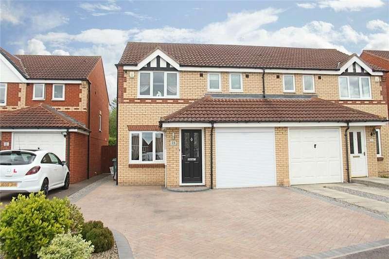 3 Bedrooms Semi Detached House for sale in Sennybridge Grove, Ingleby Barwick