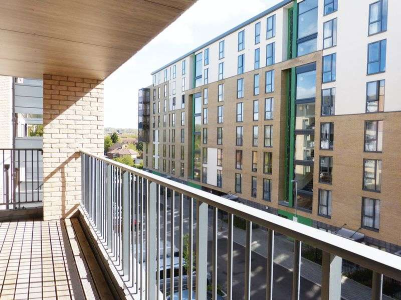 2 Bedrooms Flat for sale in 2 Bedroom Apartment For Sale, Colindale London