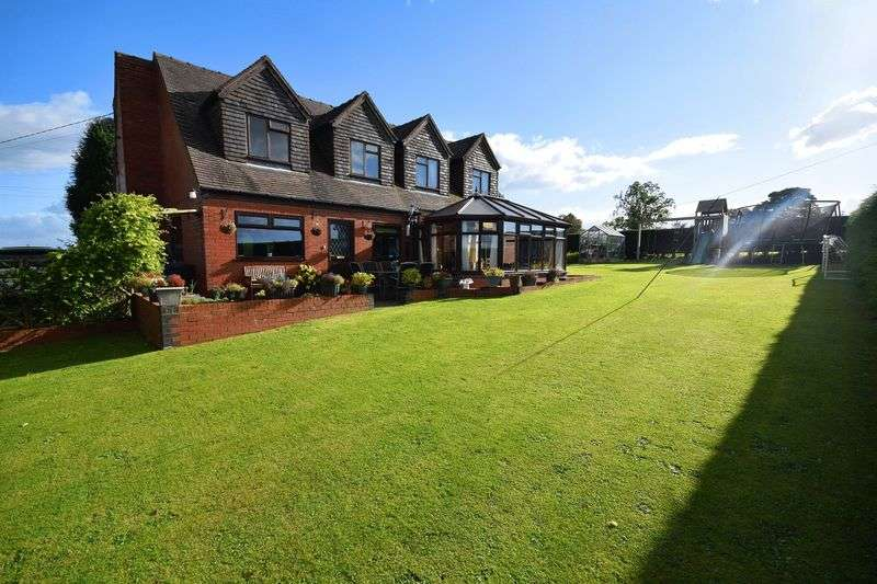 5 Bedrooms Detached House for sale in Barnfields Lane, Kingsley