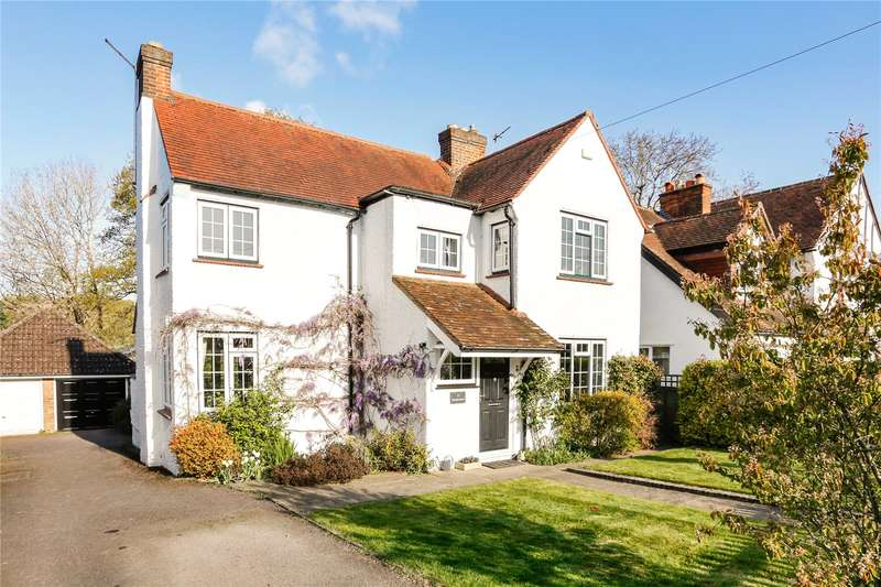 3 Bedrooms Detached House for sale in Highlands Road, Seer Green, Buckinghamshire, HP9