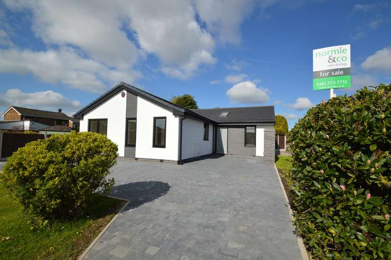 4 Bedrooms Detached Bungalow for sale in Bloomfield Drive, Unsworth, Bury, BL9