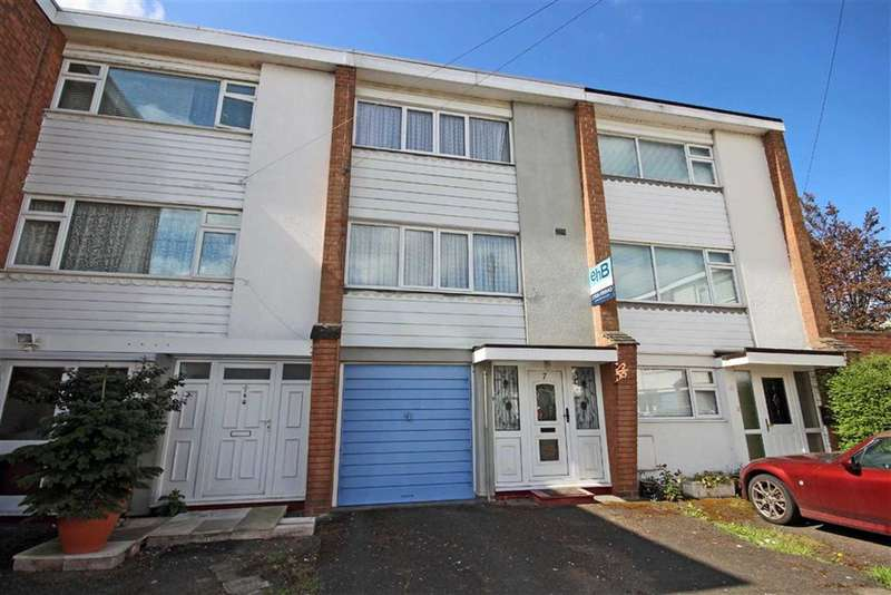 3 Bedrooms Property for sale in Rich Close, Warwick, CV34