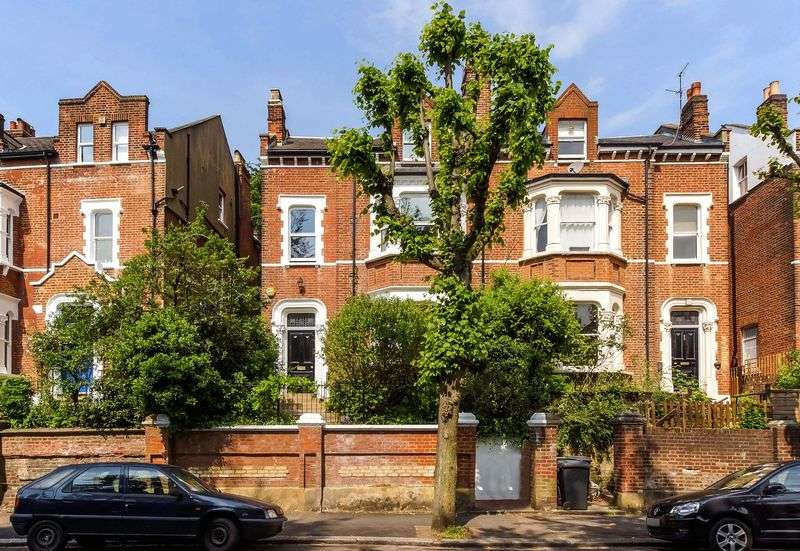 7 Bedrooms Semi Detached House for sale in Cromwell Avenue, Highgate Village, N6