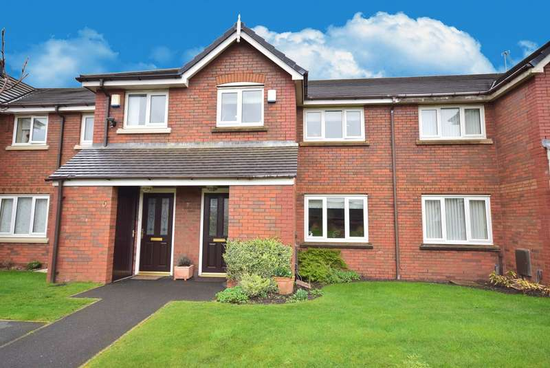 3 Bedrooms Terraced House for sale in East Gate Close, Lytham St Annes, FY8