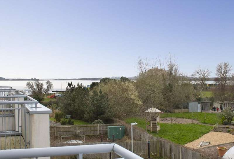 4 Bedrooms Town House for sale in Hamworthy, Poole