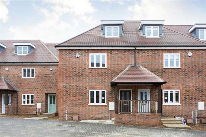 3 Bedrooms House for sale in Green Close, Brookmans Park, Hertfordshire