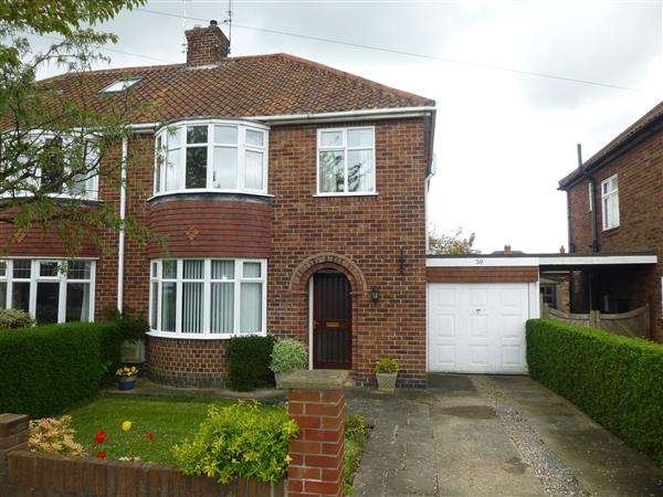 3 Bedrooms Semi Detached House for sale in Oakland Avenue, Stocton Lane, York