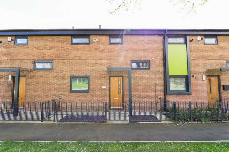 3 Bedrooms Terraced House for sale in 271, Liverpool Street, Salford
