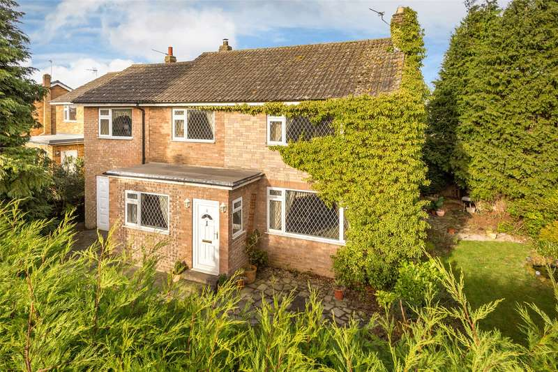 4 Bedrooms Detached House for sale in Great Close, Cawood, Selby, North Yorkshire, YO8
