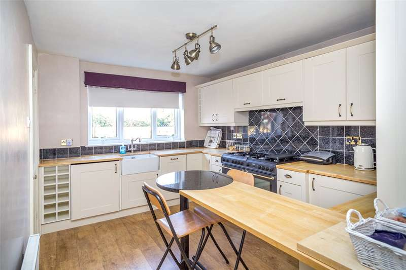 4 Bedrooms Detached House for sale in Ferguson Way, Huntington, York, YO32