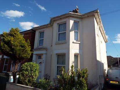 2 Bedrooms Flat for sale in Bournemouth, Dorset