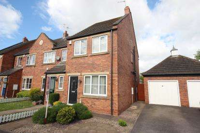 2 Bedrooms House for sale in Kerrside, York, North Yorkshire, England