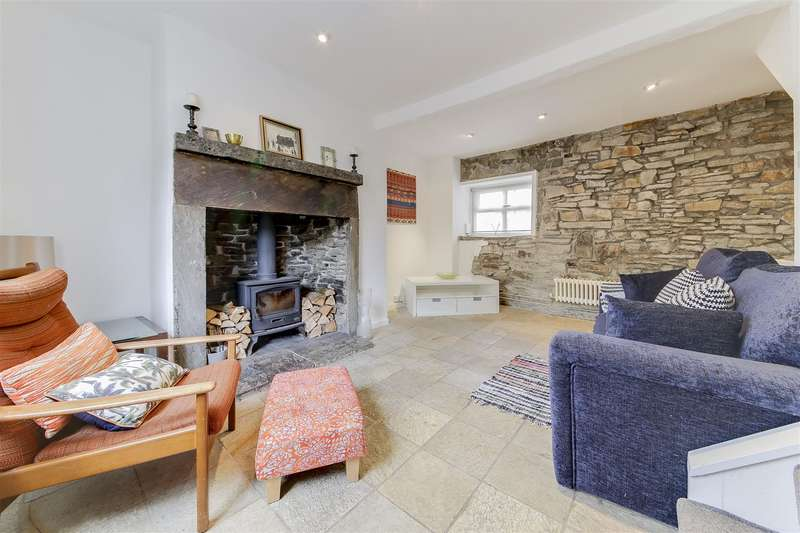 1 Bedroom Cottage House for sale in Brandwood Road, Stacksteads, Bacup