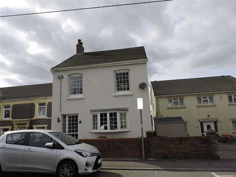 3 Bedrooms End Of Terrace House for sale in Park Street, Lower Brynamman