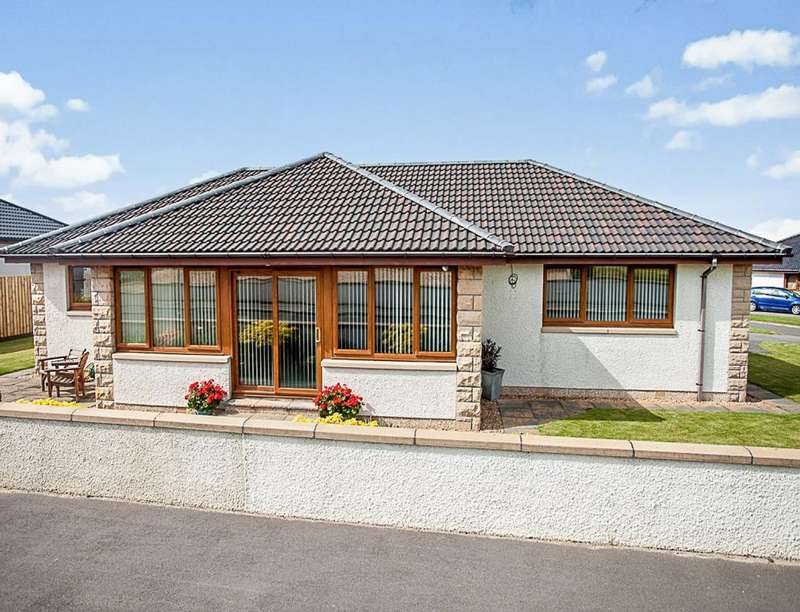 3 Bedrooms Detached Bungalow for sale in Mason Haugh Rise, Burghead, Elgin, IV30